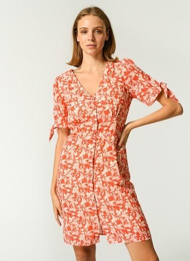 NGSTYLE NGSTYLE Kadın Çiçek Desenli Günlük Elbise NGKSS21EL0039 Mercan